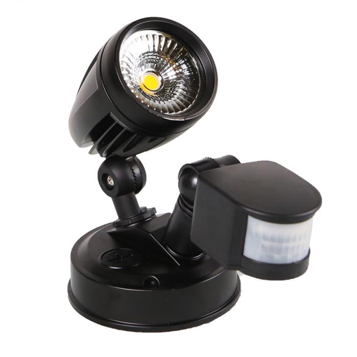 Single-Spotlight-With-Sensor